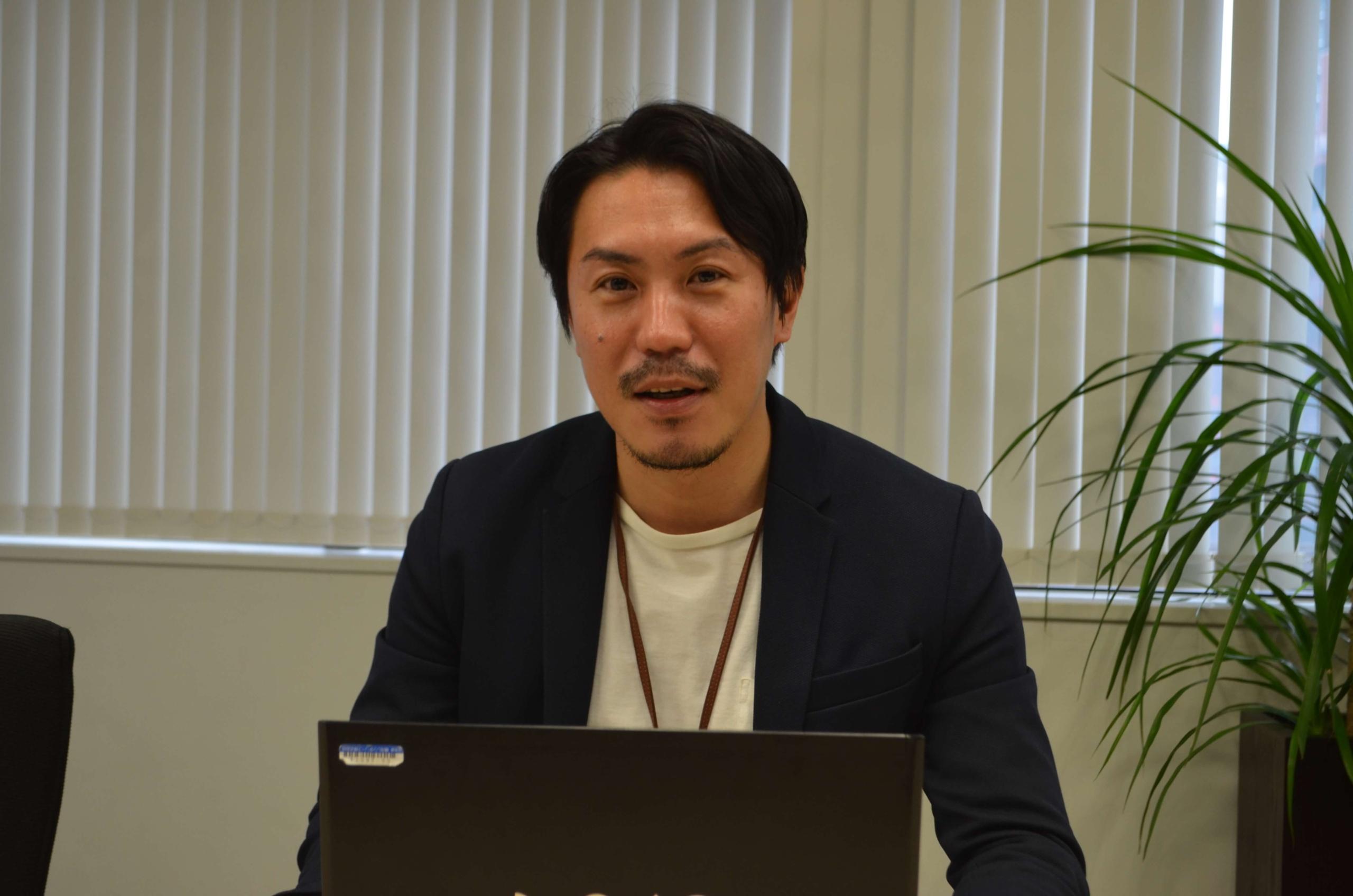ロボットペイメントの未来について話す小倉氏